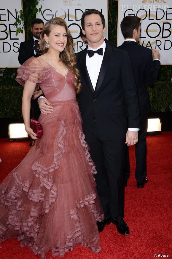 """Le flop """"froufrou"""" :  Joanna Newsom se noie sous les froufrous."""