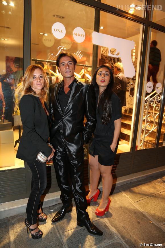 Giuseppe, bien entouré, et vêtu d'un superbe costume.