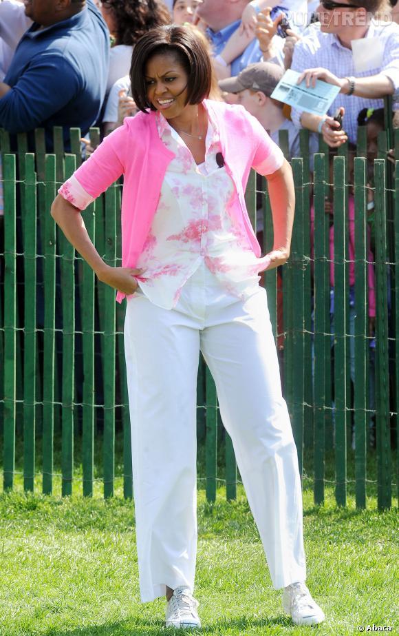 Michelle Obama en blanc et rose.