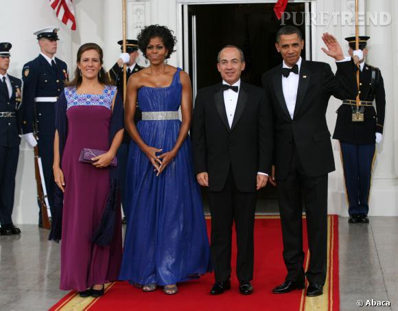 Michelle Obama en très belle robe Peter Soronen. Coup de coeur également pour ses cheveux wavy.