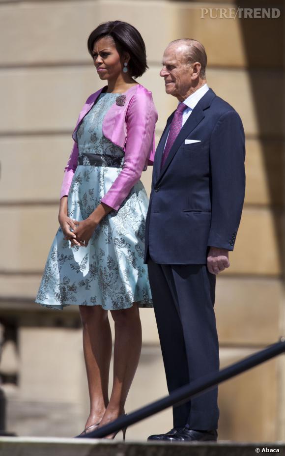 Michelle Obama dans un ensemble toujours très coloré.