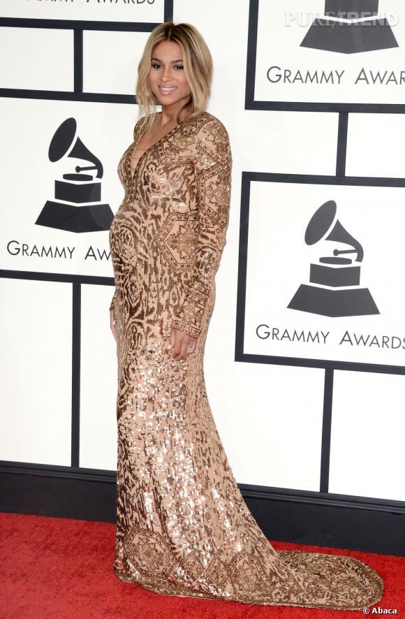 Ciara, maman lumineuse dans une robe éblouissante pour les Grammy Awards 2014.