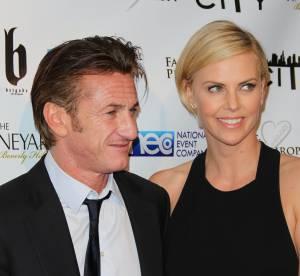 Sean Penn et Charlize Theron : leur 1er red carpet en amoureux aux Oscars 2014