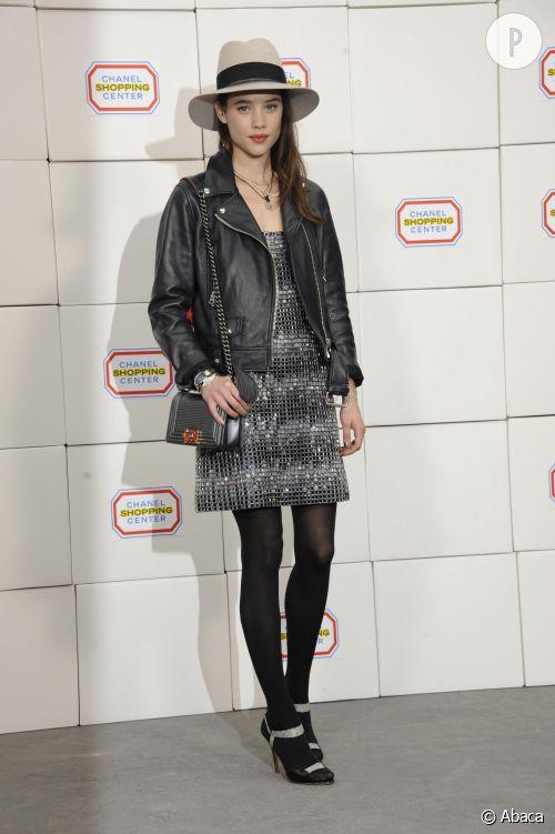 Astrid Bergès-Frisbey au défilé Chanel, un look à copier.