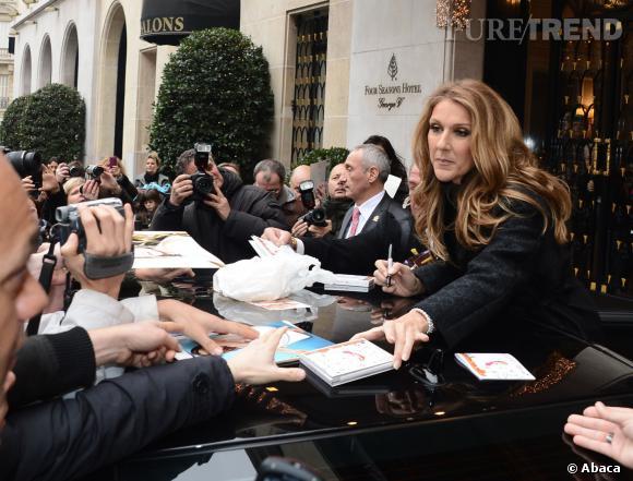 Céline Dion, toujours dévouées à ses fans malgrés les tracas.