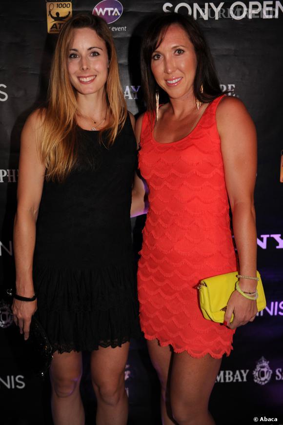 Alizé Cornet et Jelena Jankovic lors de la soirée des joueurs du tournoi Sony Open à Miami, le 18 mars 2014.