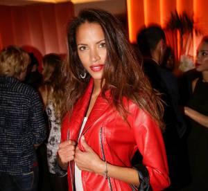 Noémie Lenoir : sexy en petit cuir rouge, l'ex top réchauffe l'hôtel Vernet