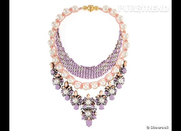 """Shourouk    Collier """"River Parme"""" en perles et cristaux Swarovski, 1 175€."""