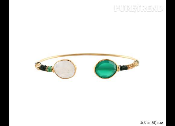 """Gas Bijoux     Bracelet """"Duality"""", métal doré à l'or fin 24 carats, pierre de lune et verre, 130€."""