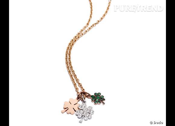 """Dodo     Chaîne en or jaune avec pendentifs """"Trèfles"""" en or rose, en or blanc et brillants et en or rose et tsavorites, 2 175€."""