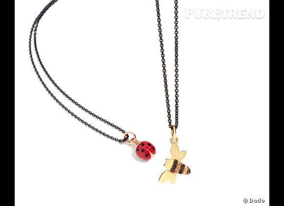 """Dodo     Collier avec pendentif """"Coccinelle"""" en or rose et émail, 265€ et collier avec pendentif """"Abeille"""" en or jaune, diamants noirs et saphirs jaunes, 700€."""
