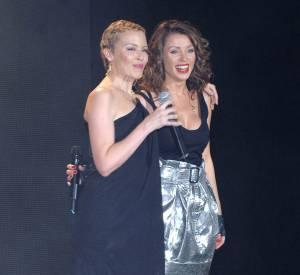 Kylie Minogue et sa soeur Danni Minogue à Londres, en 2006.