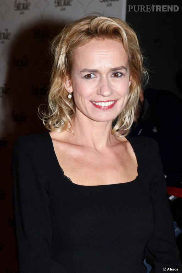 """Sandrine Bonnaire confidences à l'Express Style : Johnny Hallyday, les coulisses du tournage de """"Salaud, on t'aime !"""", sa vision du couple..."""