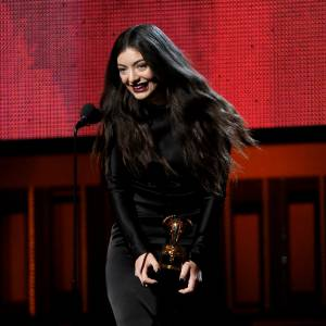 Lorde fait preuve de beaucoup de maturité à 17 ans !
