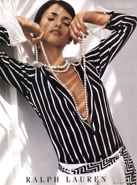 La toute première campagne mode de Penelope Cruz pour Ralph Lauren en 2002.