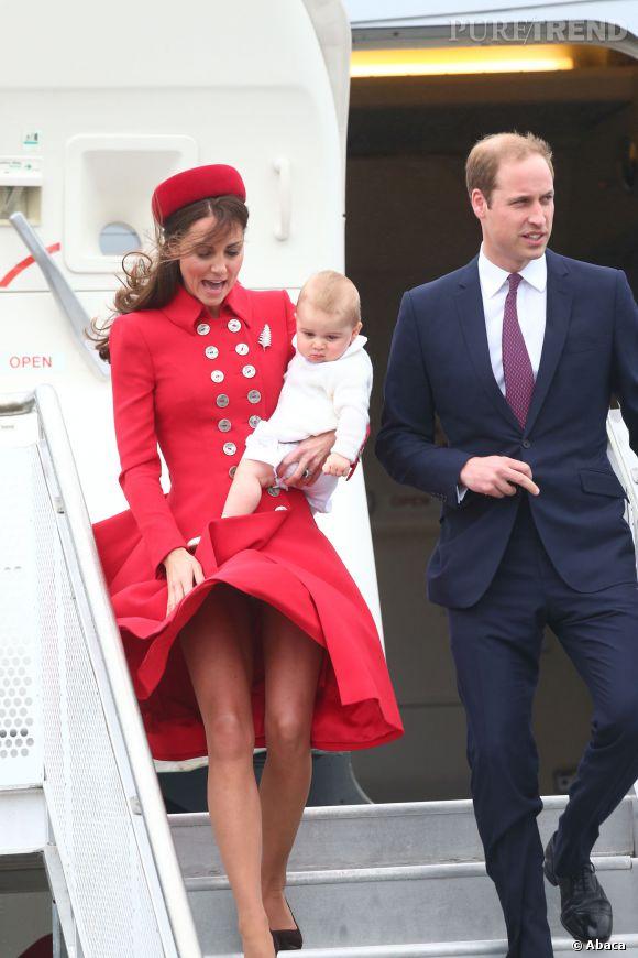 Kate Middleton, un coup de vent et on voit presque tout !