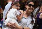 Katie Holmes et sa fille Suri : ''je la protège tant que je peux''