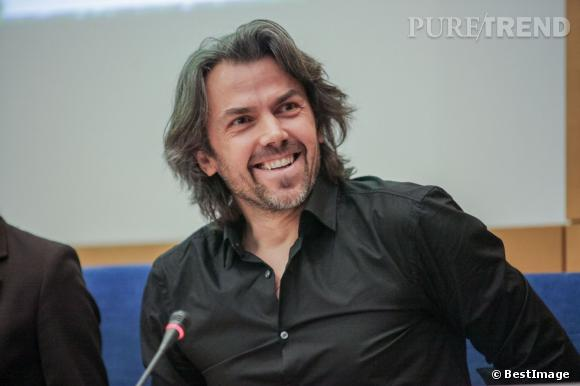 Ex grand reporter, Aymeric Caron est aujourd'hui critique et polémiste à On n'est pas couché... Accessoirement il est le meilleur ennemi d'Eric Naulleau.