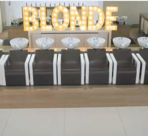 """Alizée dévoile le clip de son morceau """"Blonde""""."""