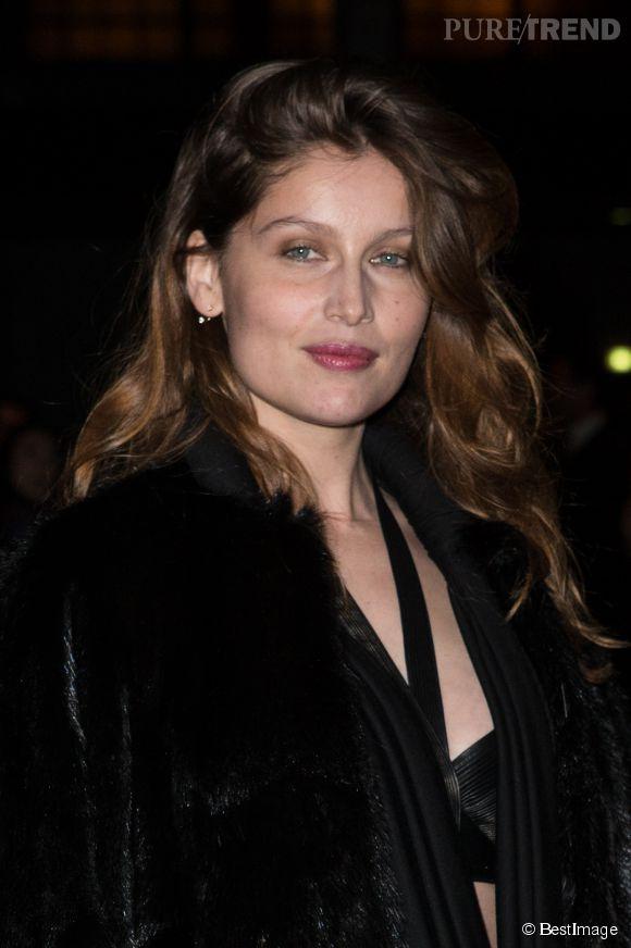 Laetitia Casta arrivant à un défilé Givenchy en mars 2014.