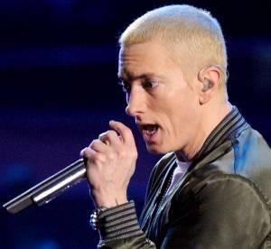Eminem demande pardon à sa mère avec Headlights