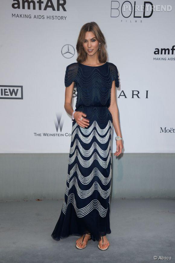 Karlie Kloss en Chanel au gala de l'amfAR à l'Hôtel du Cap le 22 mai 2014.