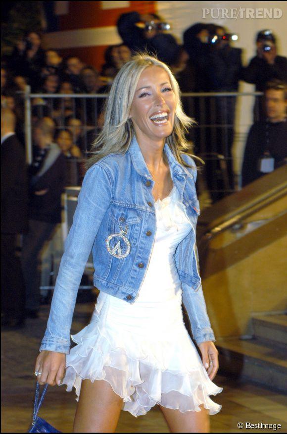 Ophélie Winter arrivant aux NRJ Music Awards de 2003.