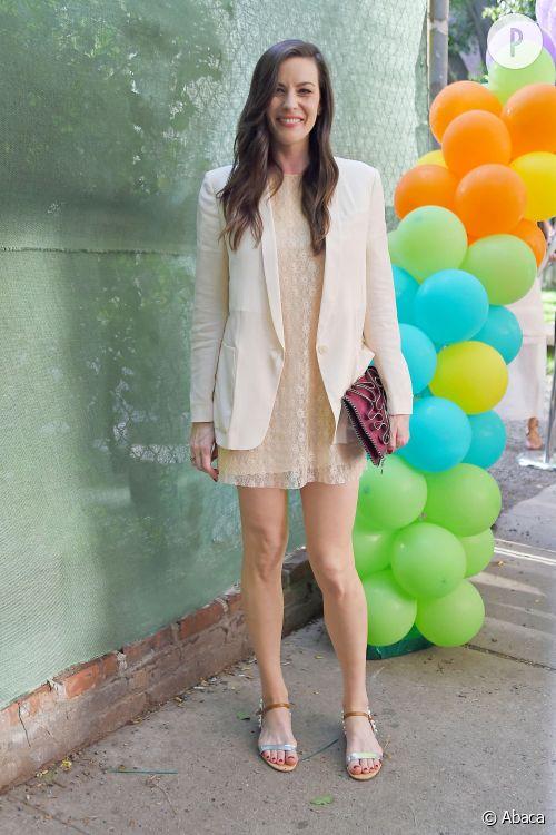 Liv Tyler, dentelle et sens du style au top pour la présentation de la collection Croisière 2015 de Stella McCartney à New York.