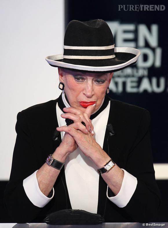 Geviève de Fontenay ne veut pas d'une France à 14 régions... Ca la mettrait dans la panade niveau logistique pour son élection Miss Prestige National.