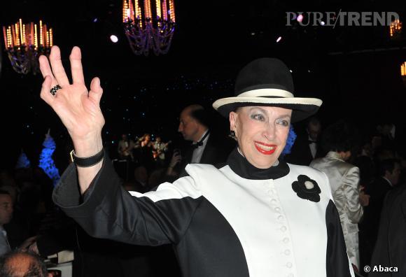 Geneviève de Fontenay garde le sourire, ses Miss Prestige Nationale resteront les mêmes malgré une réduction du nombre de régions de France.