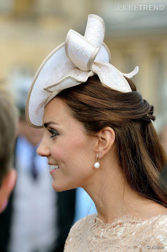 Kate Middleton recycle sa robe McQueen mais change de bibi !