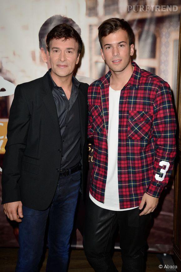Tony Carreira et son fils David Carreira lors d'un showcase de Tony Carreira en janvier 2014.