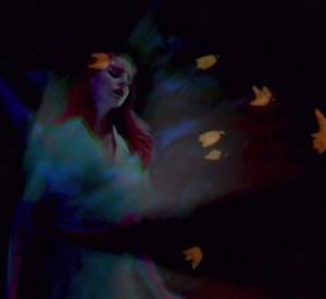 """Lana Del Rey déviole son nouveau clip """"Shades of Cool"""" quelques jours après la sortie de son nouvel album """"Ultraviolence""""."""