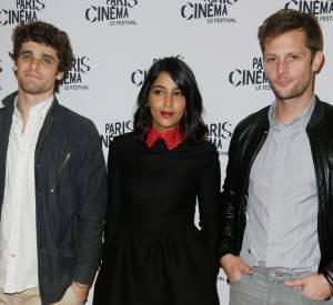 Leïla Bekhti très bien entourée par Arthur Dupont et Nicolas Duvauchelle, à l'avant-première de Maintenant ou jamais jeudi 10 juillet 2014.