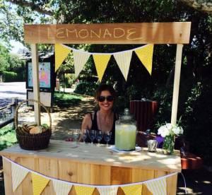 Sarah Michelle Gellar : elle vend de la limonade pour survivre