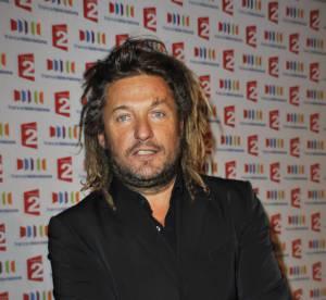 """Olivier Delacroix : le journaliste """"maudit"""" évoque ses blessures"""