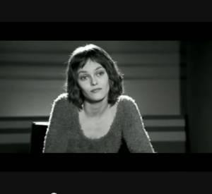 """Extrait culte avec Vanessa Paradis du film """"La fille sur le pont"""" de Patrice Leconte en 1999."""