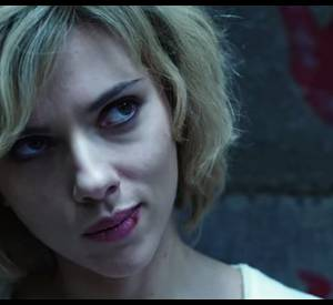 """La folle bande annonce du film """"Lucy"""" de Luc Besson avec Scarlett Johansson."""