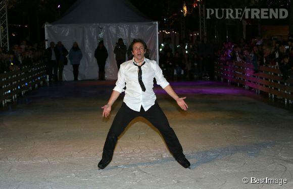 Malgré la polémique, Philippe Candeloro reste le patineur le plus populaire du pays.