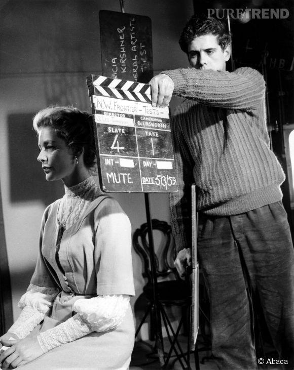 """Lauren Bacall sur le tournage d'""""Aux frontières des Indes"""", sorti en 1959."""