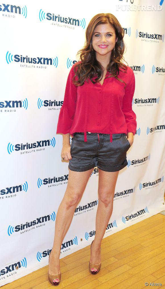 Tiffani Thiessen ne cache pas sa fierté d'avoir retrouvé des jambes de sirène en juillet 2012.