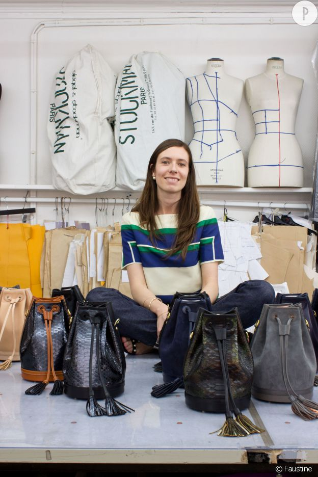 "Faustine Baranowski, créatrice de sac seau ""Made in Paris - Made with Love""."
