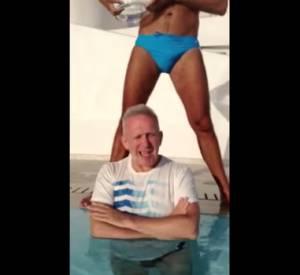 Le créateur Jean-Paul Gaultier ose le défi du Ice Bucket Challenge.