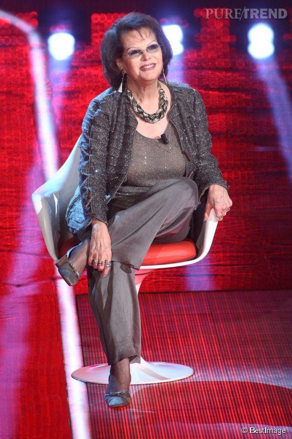 Claudia Cardinale déteste la chirurgie. Son secret pour rester jeune ? Garder le sourire.