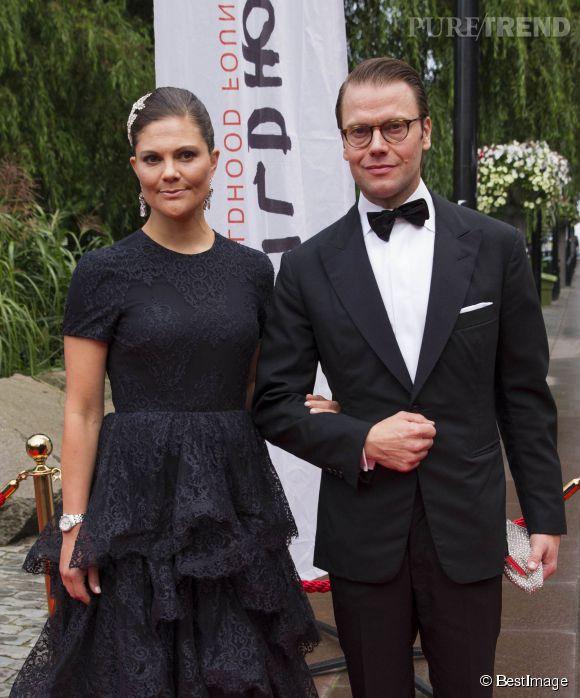 La princesse Victoria de Suède et le prince Daniel de Suède au gala de la World Childhood Foundation à Stockholm.