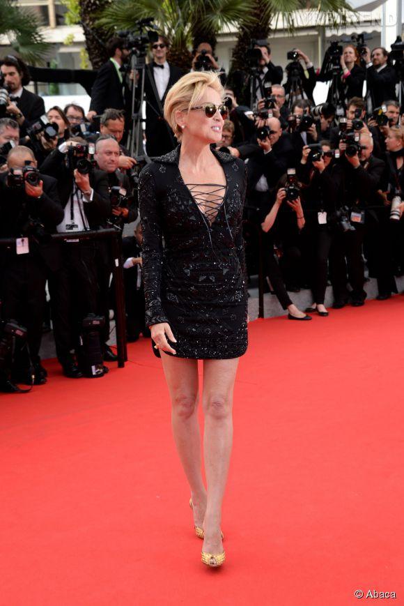 """Sharon Stone fait son grand retour au cinéma dans """"Golden Boy""""."""