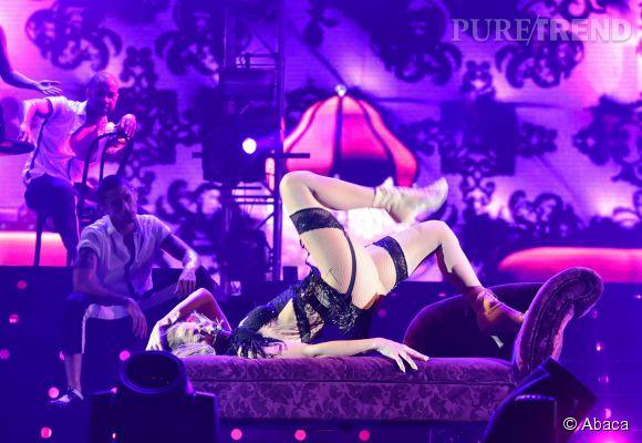 Jennifer Lopez prête pour le Crazy Horse.