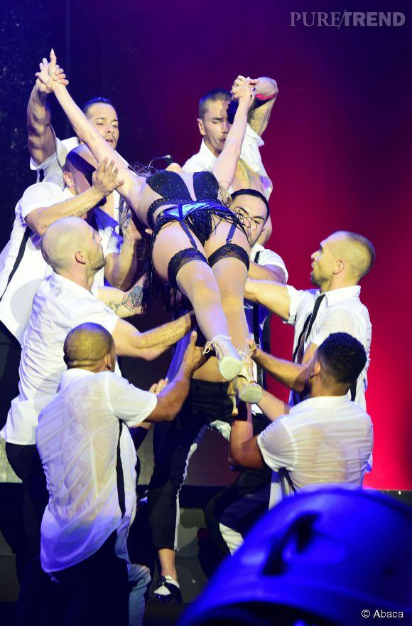 Jennifer Lopez, une diva bien entourée.