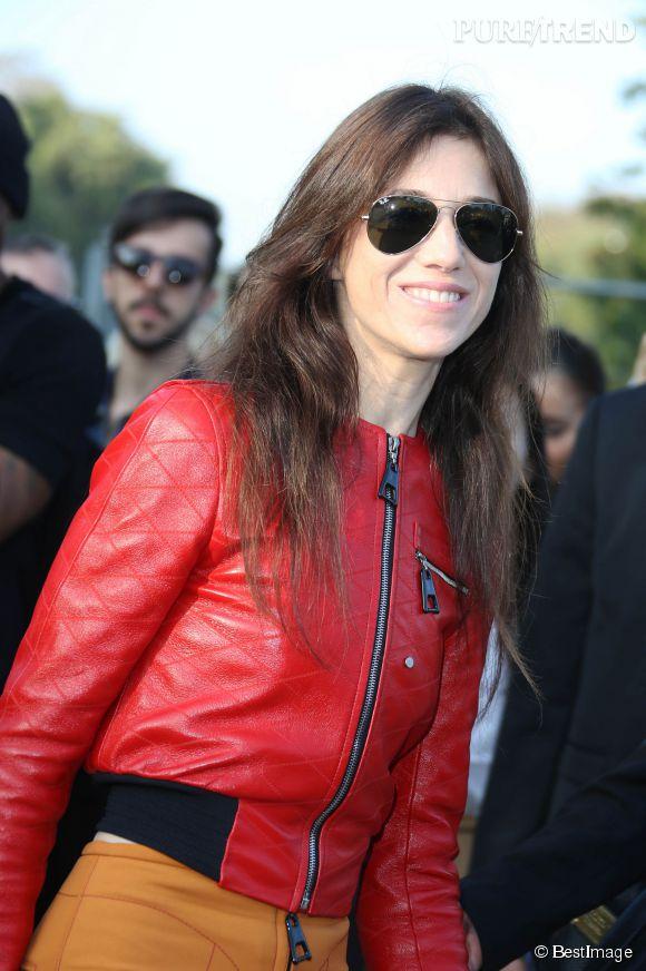 Charlotte Gainsbourg au défilé Louis Vuitton, un vrai model !