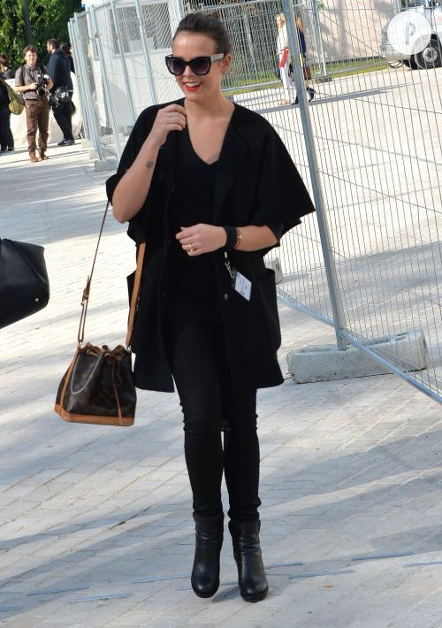 Pauline Ducruet canon en look totalement black. On adopte !